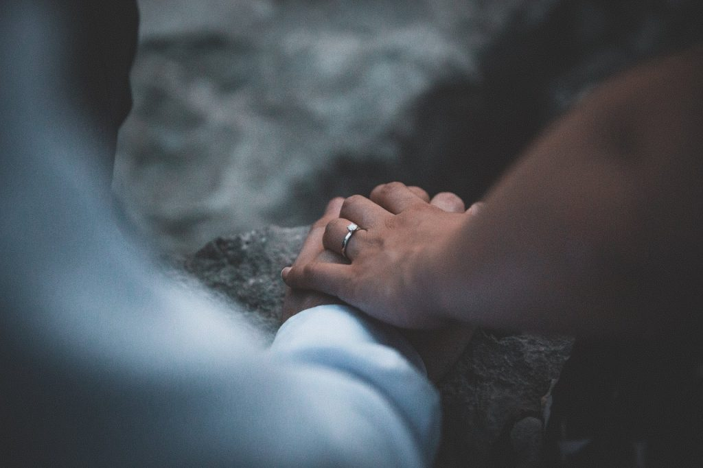 Ring Proposal - The Ring Makes The Proposal So Get It RIght - WeddingsAbroad.com