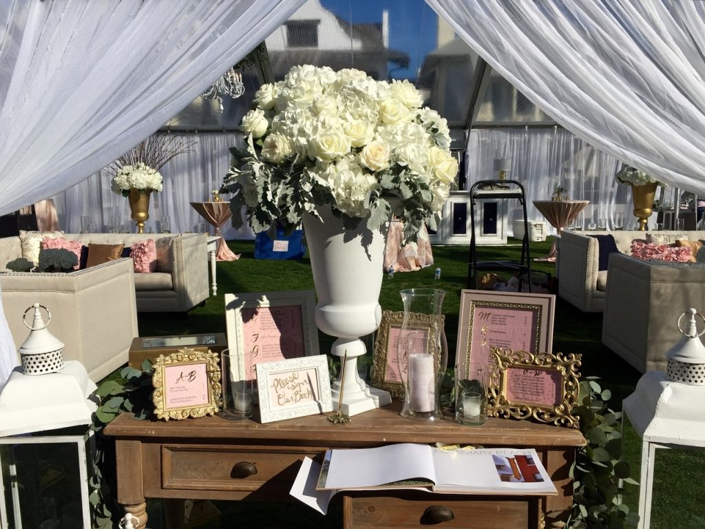 Souvenirs From Your Big Day - WeddingsAbroad.com